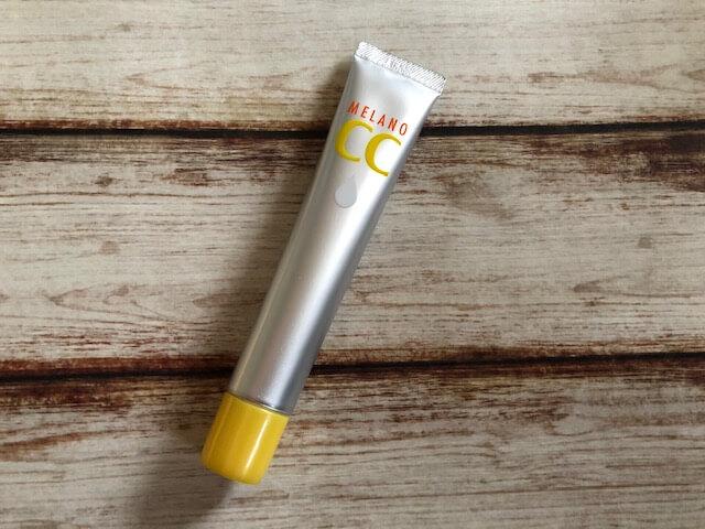 ロート メラノCC美容液の良い・悪い口コミから効果を検証